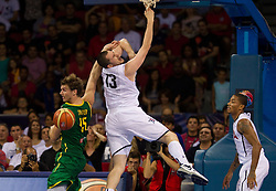 30.08.2010, Abdi Ipekci Arena, Istanbul, TUR, 2010 FIBA World Championship, USA vs Brasil, im Bild .Tiago Splitter of Brasil vs Kevin Love of USA during the Preliminary Round - Group B basketball match. EXPA Pictures © 2010, PhotoCredit: EXPA/ Sportida/ Vid Ponikvar *** ATTENTION *** SLOVENIA OUT!