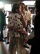 Sam Taylor Wood and her daughter Angelica. Sam Taylor Wood. Hayward Gallery. 24 April 2002. © Copyright Photograph by Dafydd Jones 66 Stockwell Park Rd. London SW9 0DA Tel 020 7733 0108 www.dafjones.com