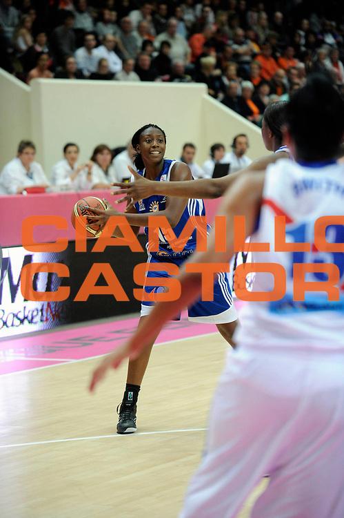 DESCRIZIONE : Ligue Feminine de Basket Open Feminin1 Journee &agrave; Paris<br /> GIOCATORE : SACKO Fatimatou<br /> SQUADRA : Montpellier<br /> EVENTO : Ligue Feminine 2010-2011<br /> GARA : Montpellier-Nantes<br /> DATA : 17/10/2010<br /> CATEGORIA : Basketbal France Open Feminin<br /> SPORT : Basketball<br /> AUTORE : JF Molliere par Agenzia Ciamillo-Castoria <br /> Galleria : France Basket 2010-2011 Action<br /> Fotonotizia : Ligue Feminine de Basket Open Feminin1 Journee &agrave; Paris<br /> Predefinita :