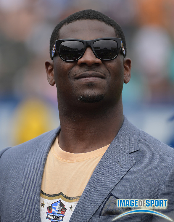Sep 17, 2017; Carson, CA, USA; LaDainian Tomlinson attends a NFL football game between the Los Angeles Chargers and the Miami Dolphins at StubHub Center.