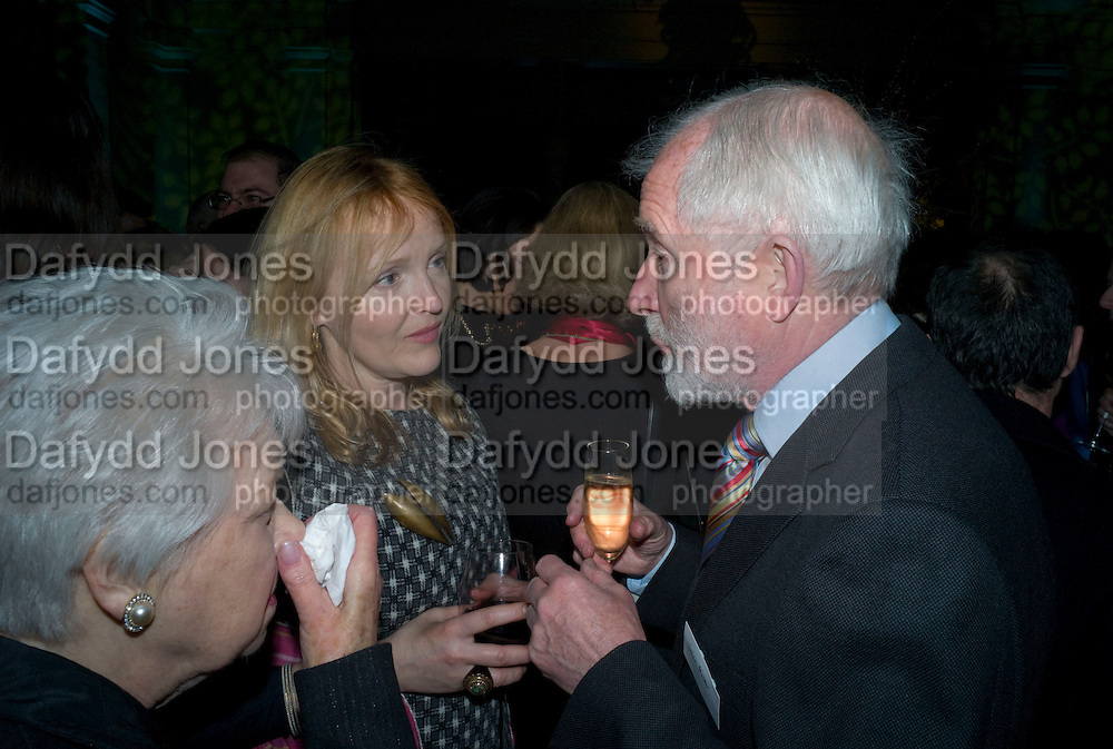 JUNE WHITFIELD; MIRANDA RICHARDSON; JOHN MILLER. Orion Publishing Group Author Party. V & A. London. 18 February 2009.  *** Local Caption *** -DO NOT ARCHIVE -Copyright Photograph by Dafydd Jones. 248 Clapham Rd. London SW9 0PZ. Tel 0207 820 0771. www.dafjones.com<br /> JUNE WHITFIELD; MIRANDA RICHARDSON; JOHN MILLER. Orion Publishing Group Author Party. V & A. London. 18 February 2009.