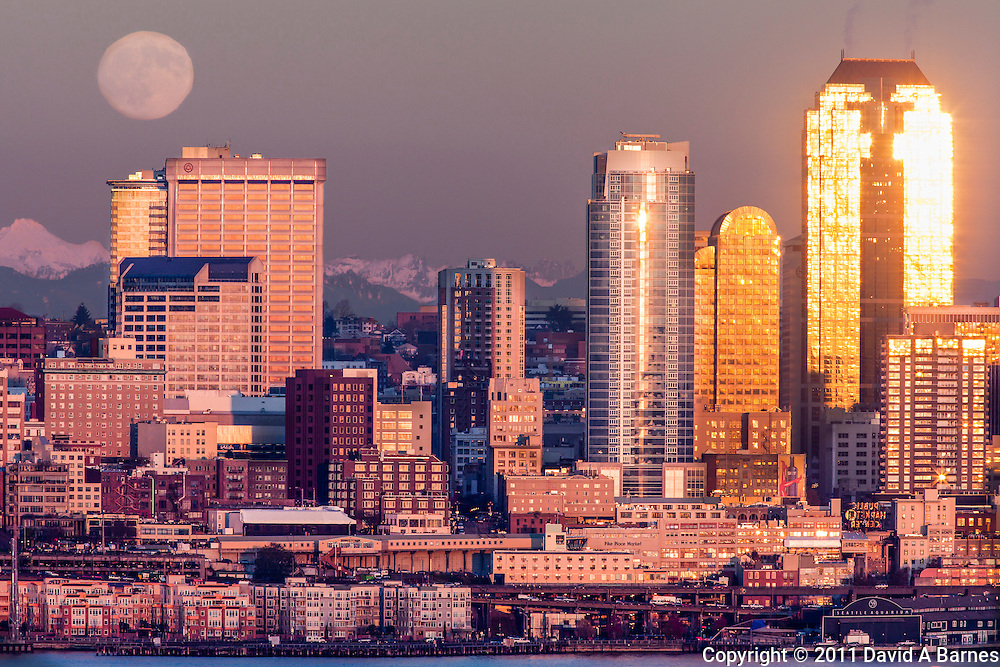 Full moon rising over Seattle, Washington, USA