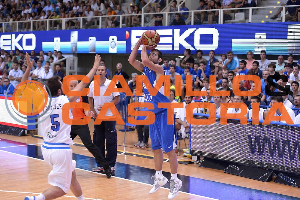 DESCRIZIONE : Trento Basket Cup 2013 Italia Israele<br /> GIOCATORE : Lior Eliyahu<br /> CATEGORIA : Tiro Three Points<br /> SQUADRA : Nazionale Israele Uomini Maschile<br /> EVENTO : Trento Basket Cup 2013 Italia Israele<br /> GARA : Italia Israele<br /> DATA : 08/08/2013<br /> SPORT : Pallacanestro<br /> AUTORE : Agenzia Ciamillo-Castoria/GiulioCiamillo<br /> Galleria : FIP Nazionali 2013<br /> Fotonotizia : Trento Basket Cup 2013 Italia Israele<br /> Predefinita :
