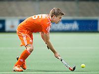 AMSTELVEEN - Neth. -   Thierry Brinkman tijdens de interland wedstrijd tussen de mannen van Nederland en Frankrijk (8-1), ter voorbereiding van het EK . COPYRIGHT KOEN SUYK