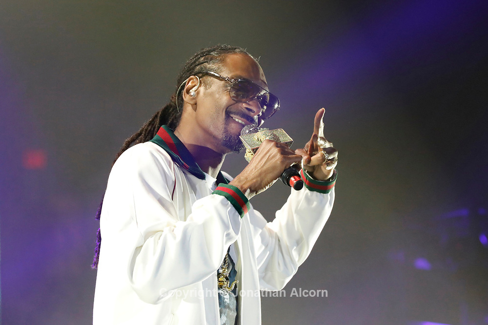 Rapper Snoop Dogg performs at ComplexCon in his hometown of Long Beach, California, U.S. November 6, 2016.  Photo by Jonathan Alcorn