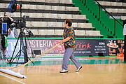 DESCRIZIONE : Siena Lega A 2008-09 Playoff Finale Gara 2 Montepaschi Siena Armani Jeans Milano<br /> GIOCATORE : Clara<br /> SQUADRA : <br /> EVENTO : Campionato Lega A 2008-2009 <br /> GARA : Montepaschi Siena Armani Jeans Milano<br /> DATA : 12/06/2009<br /> CATEGORIA : ritratto<br /> SPORT : Pallacanestro <br /> AUTORE : Agenzia Ciamillo-Castoria/G.Ciamillo