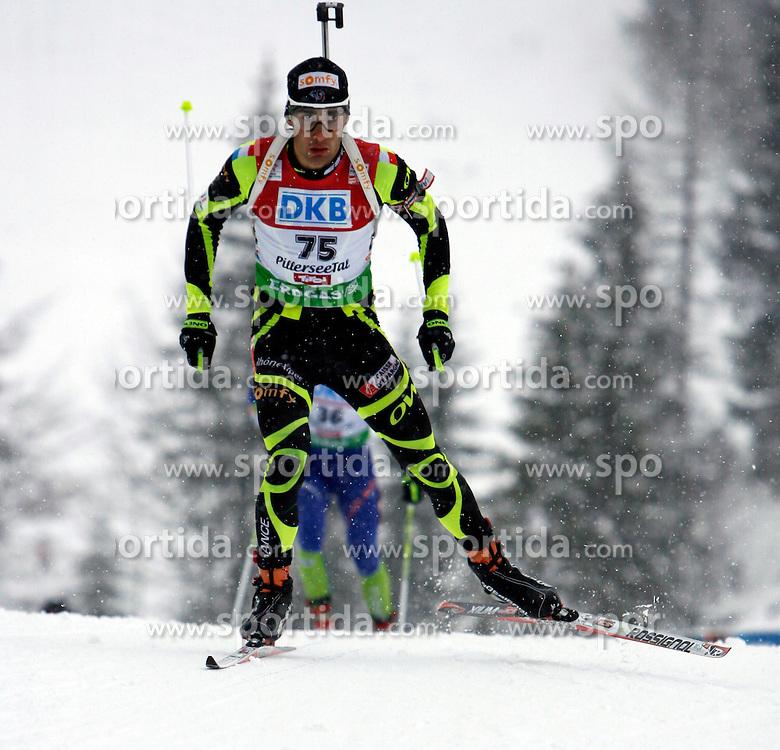 15.12.2011, Biathlonzentrum, Hochfilzen, AUT, E.ON IBU Weltcup, 3. Biathlon, Hochfilzen, Sprint Maenner, im Bild Martin Fourcade (FRA) // during Sprint men E.ON IBU World Cup 3th Biathlon, Hochfilzen, Austria on 2011/12/15. EXPA Pictures © 2011, PhotoCredit: EXPA/ Oskar Hoeher