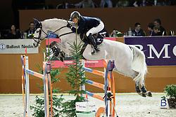 Kurten Jessica (IRL) - Api Largo<br /> Jumping Indoor Zuidlaren 2010<br /> © Hippo Foto - Leanjo de Koster