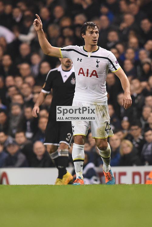 Benjamin Stambouli during Tottenham Hotspur v Partizan Belgrade, Europa League, 27 November 2014 at White Hart Lane, London, England (c) Salvio Calabrese | SportPixPix.org.uk