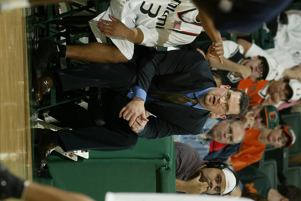 2004 Miami Hurricanes Basketball vs Villanova