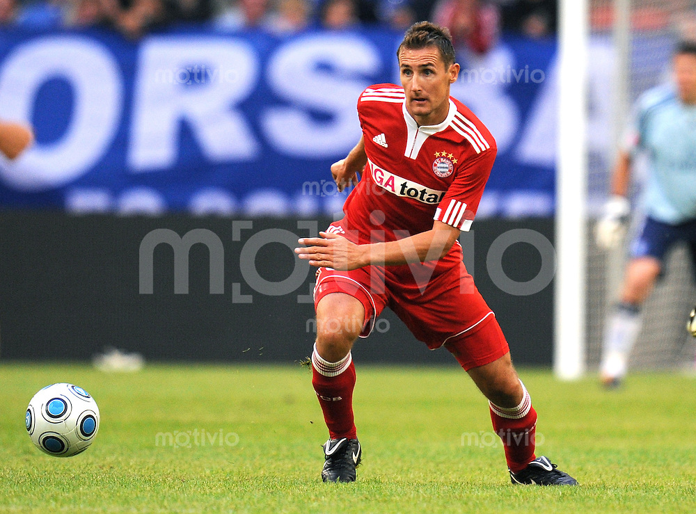 FUSSBALL     1. BUNDESLIGA     SAISON 2009/2010     18.07.2009 T-Home Cup , FC Bayern Muenchen  - Hamburger SV , HSV, 0:1,  Einzelaktion Miroslav Klose  ( FCB )