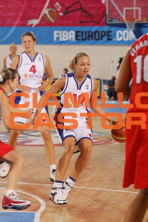 DESCRIZIONE : Ortona Italy Italia Eurobasket Women 2007 Russia Bielorussia Russia Belarus<br /> GIOCATORE : Ilona Korstin<br /> SQUADRA : Russia<br /> EVENTO : Eurobasket Women 2007 Campionati Europei Donne 2007 <br /> GARA : Russia Bielorussia Russia Belarus<br /> DATA : 01/10/2007 <br /> CATEGORIA : Palleggio<br /> SPORT : Pallacanestro <br /> AUTORE : Agenzia Ciamillo-Castoria/S.Silvestri <br /> Galleria : Eurobasket Women 2007 <br /> Fotonotizia : Ortona Italy Italia Eurobasket Women 2007 Russia Bielorussia Russia Belarus<br /> Predefinita :