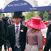 Spectators at The Royal Enclosure, the most prestigious of the three enclosures during the Royal Ascot race meeting. Royal Ascot. England, UK. June 16-20th, 2009. Photo Tim Clayton