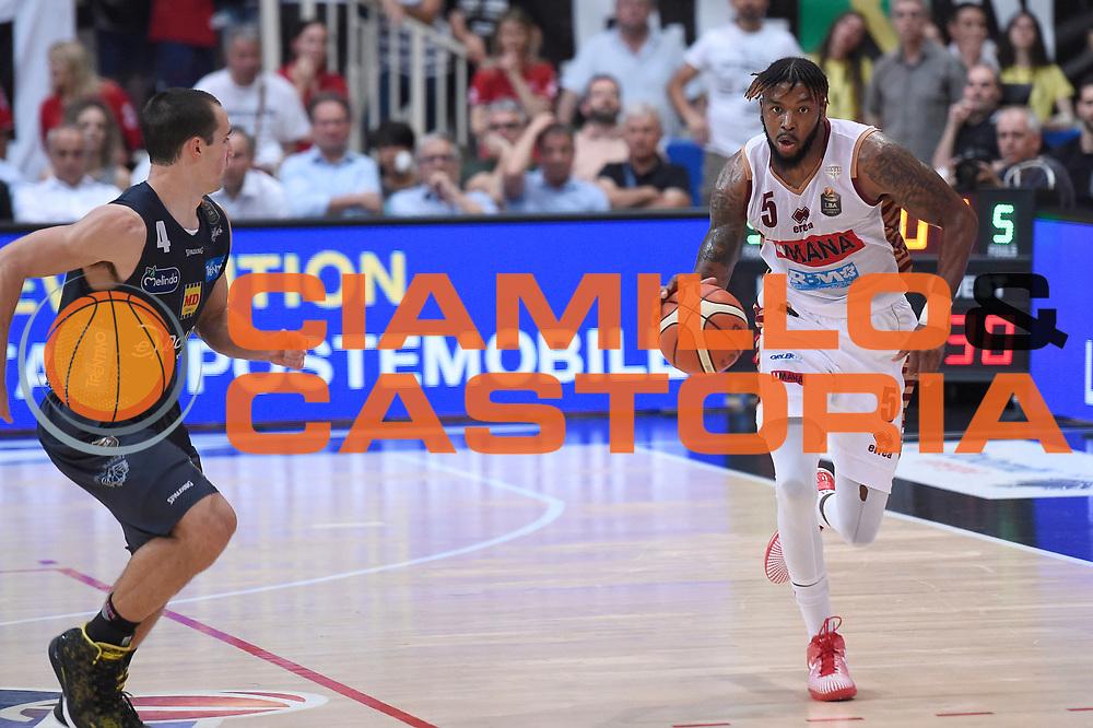 Julian Stone<br /> Dolomiti Energia Aquila Basket Trento - Umana Reyer Venezia<br /> Lega Basket Serie A 2016/2017<br /> Playoff, finale gara 3<br /> Trento, 14/06/2017<br /> Foto M.Ceretti / Ciamillo-Castoria