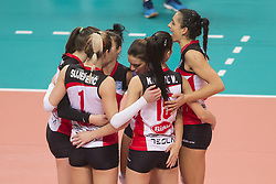 December 12, 2017 - Busto Arsizio, Varese, Italy - Team ZOK Bimal-Jedinstvo Brcko during the Women's CEV Cup match between Yamamay e-work Busto Arsizio and ZOK Bimal-Jedinstvo Brcko at PalaYamamay in Busto Arsizio, Italy, on 12 December 2017. Italian Yamamay e-work Busto Arsizio team defeats 3-0 Bosnian ZOK Bimal-Jedinstvo Brcko. (Credit Image: © Roberto Finizio/NurPhoto via ZUMA Press)