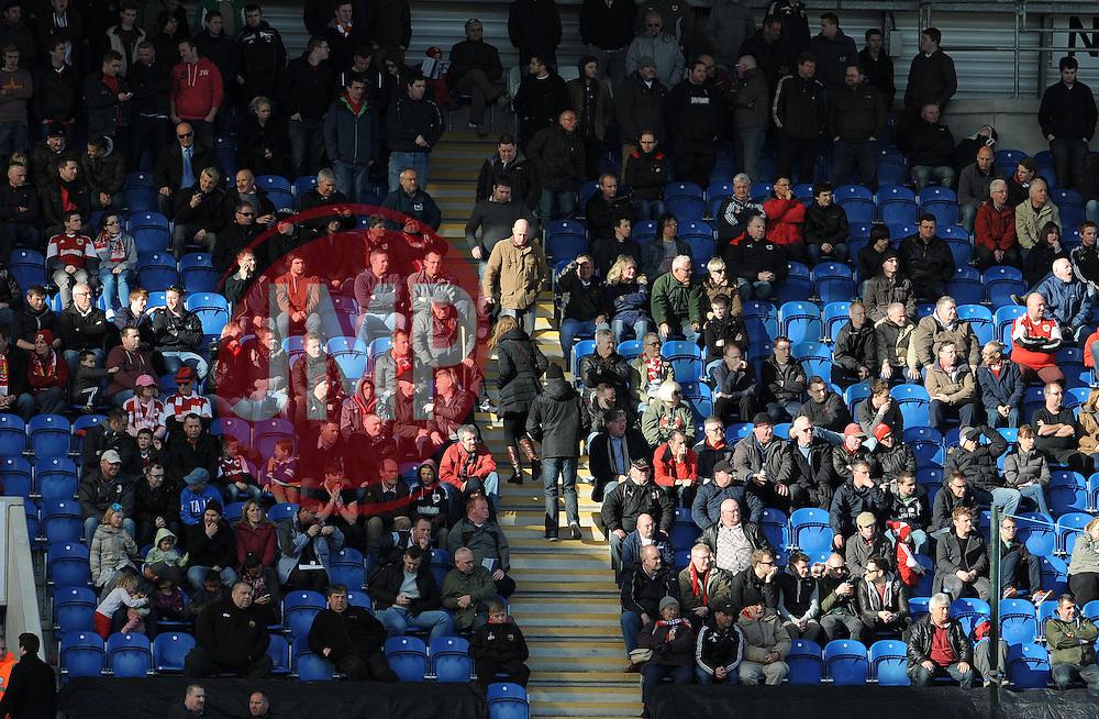- Photo mandatory by-line: Dougie Allward/JMP - Mobile: 07966 386802 22/03/2014 - SPORT - FOOTBALL - Colchester - Colchester Community Stadium - Colchester United v Bristol City - Sky Bet League One