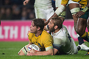 Twickenham, Surrey. UK. Left, Michael HOOPER and Chris ROBSHAW look to the referee, during the <br /> England VS Australia, Autumn International. Old Mutual Wealth Series. RFU Stadium, Twickenham. UK<br /> <br /> Saturday  18.11.17<br /> <br /> [Mandatory Credit Peter SPURRIER/Intersport Images]