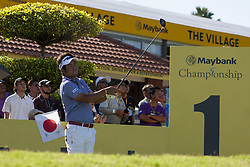 February 3, 2018 - Shah Alam, Kuala Lumpur, Malaysia - Yuta Ikeda is seen taking a shot from hole no 1 on day 3 at the Maybank Championship 2018...The Maybank Championship 2018 golf event is being hosted on 1st to 4th February at Saujana Golf & Country Club. (Credit Image: © Faris Hadziq/SOPA via ZUMA Wire)