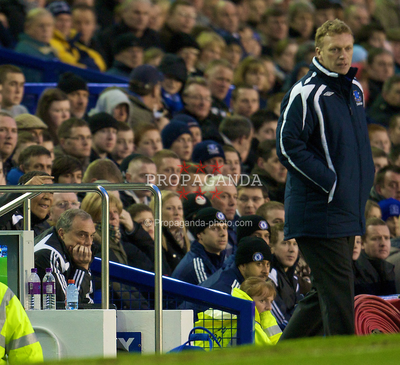 LIVERPOOL, ENGLAND - Thursday, April 17, 2008: Everton's manager David Moyes during the Premiership match against Chelsea at Goodison Park. (Photo by David Rawcliffe/Propaganda)