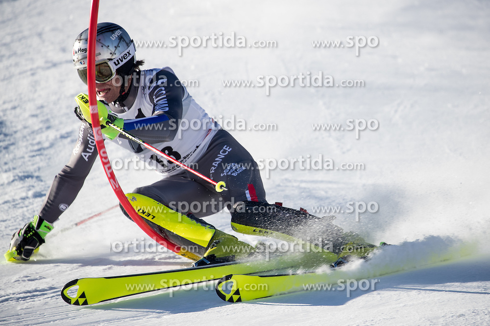 22.01.2017, Hahnenkamm, Kitzbühel, AUT, FIS Weltcup Ski Alpin, Kitzbuehel, Slalom, Herren, 1. Lauf, im Bild Julien Lizeroux (FRA) // Julien Lizeroux of France in action during his 1st run of men's Slalom of FIS ski alpine world cup at the Hahnenkamm in Kitzbühel, Austria on 2017/01/22. EXPA Pictures © 2017, PhotoCredit: EXPA/ Johann Groder