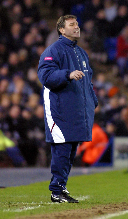 Photo: Dave Linney.<br />West Bromwich Albion v Sunderland. The Barclays Premiership. 21/01/2006West Brom Mgr.Bryan Robson