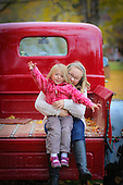 Elly & Nora 10-2015