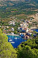 Grece, iles Ioniennes, Cephalonie, village de Assos // Greece, Ionian island, Cephalonia, Assos village