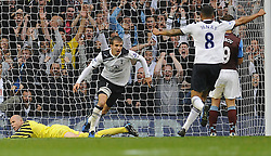 02.10.2010, White Hart Lane, London, ENG, PL, West Ham vs Fulham, im Bild Brad Friedel of Aston Villa(L) is on the floor after Rafael van der vaart scores and runs to celebrate with Jermaine Jenas of Tottenham Hotspur(R)..Tottenham Hotspur v Aston Villa. EXPA Pictures © 2010, PhotoCredit: EXPA/ IPS/ Daniel Cawthorne +++++ ATTENTION - OUT OF ENGLAND/UK +++++