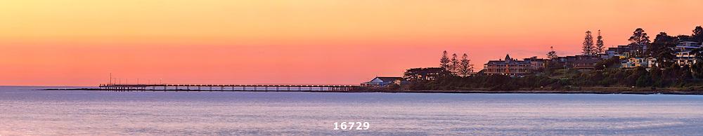 Lorne Pier dawn