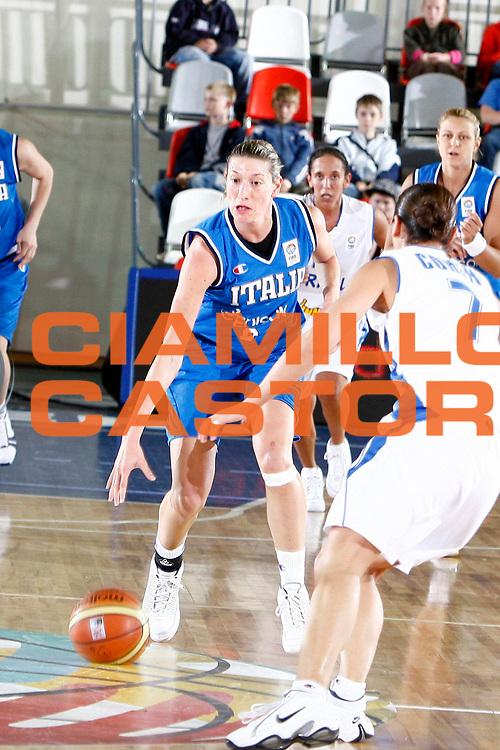 DESCRIZIONE : Valmiera Latvia Lettonia Eurobasket Women 2009 Italia Israele Italy Israel<br /> GIOCATORE : Francesca Modica<br /> SQUADRA : Italia Italy<br /> EVENTO : Eurobasket Women 2009 Campionati Europei Donne 2009 <br /> GARA : Italia Israele Italy Israel<br /> DATA : 08/06/2009 <br /> CATEGORIA : palleggio<br /> SPORT : Pallacanestro <br /> AUTORE : Agenzia Ciamillo-Castoria/E.Castoria