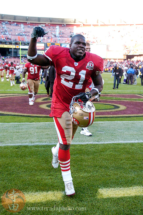 Nov 5, 2006 San Francisco, CA, USA: San Francisco 49ers running back Frank Gore (21) celebrates after the game against the Minnesota Vikings at Monster Park. The 49ers defeated the Vikings 9-3.