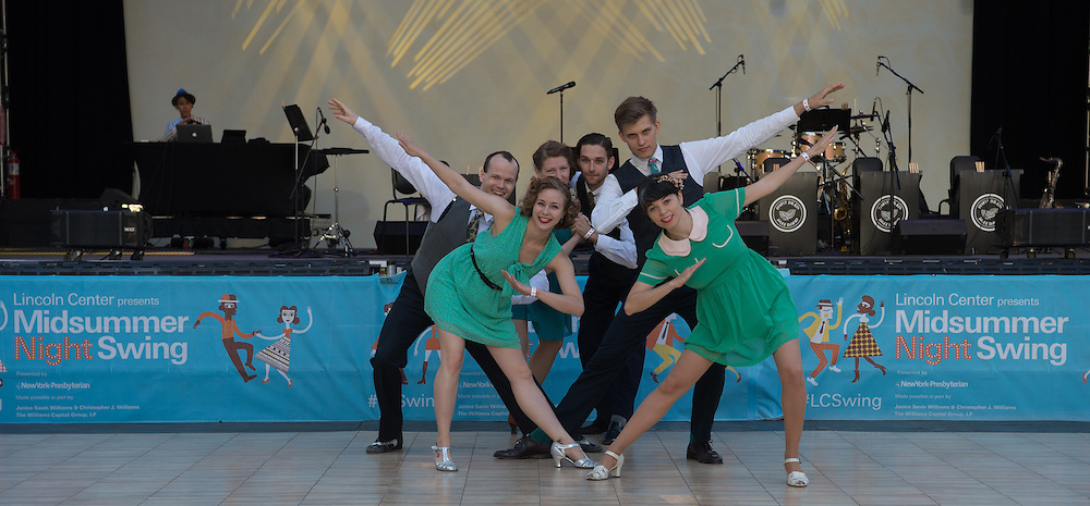 Lainey Silver and dancers