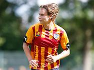 FODBOLD: Kristian Lange (Farum) under kampen i Sjællandsserien mellem Herlev Fodbold og Farum Boldklub den 19. august 2017 i Herlev Idrætspark. Foto: Claus Birch