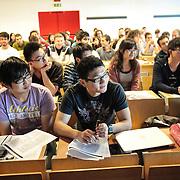 Studenti in un'aula della sede distaccata del Politecnico di Torino dedicata all'automotive e alla mobilità sostenibile, ricavata da un'area dismessa degli stabilimenti Fiat Mirafiori di corso Settembrini  Torino 1/10/2015
