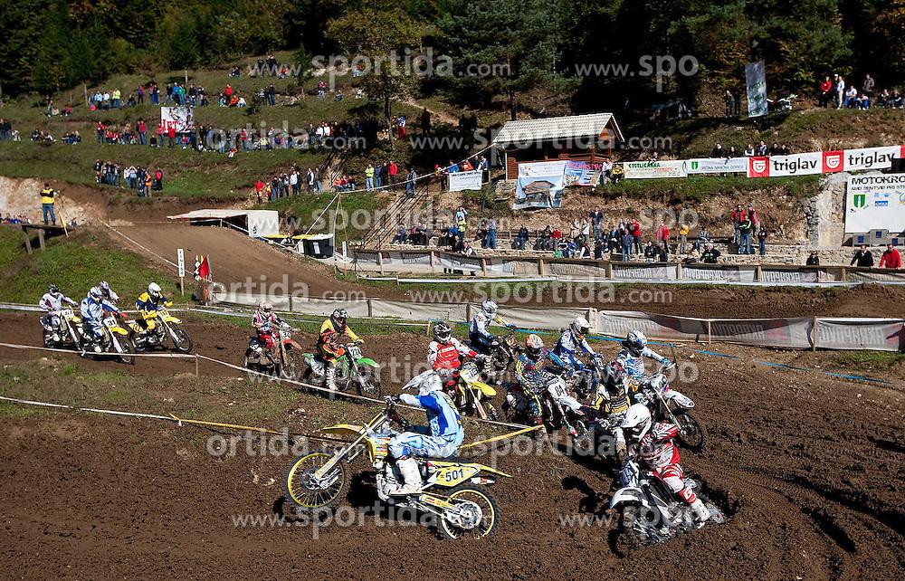 Motokrosisti so na progi Dolina pod Kalom v Sentvidu odpeljali peto dirko za drzavno prvenstvo v motokrosu.