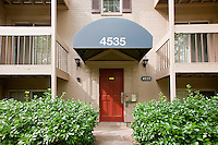 Architectural photography of Foxchase Apartments in Alexandria VA by Jeffrey Sauers of Commercial Photographics.