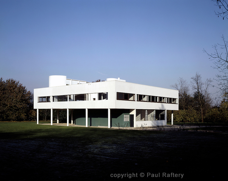 VILLA SAVOYE SOUTH WEST AND SOUTH EAST FACADES