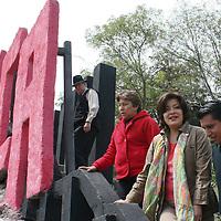 Toluca, México.- Martha Hilda González Calderón, alcaldesa de Toluca durante la entrega de las obras de rehabilitación de la Plaza de los Jaguares, y se espera que las familias se acerquen más a este tipo de espacios.  Agencia MVT / José Hernández