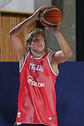 DESCRIZIONE : Bormio Raduno Collegiale Nazionale Maschile Allenamento<br /> GIOCATORE : Stefano Mancinelli<br /> SQUADRA : Nazionale Italia Uomini <br /> EVENTO : Raduno Collegiale Nazionale Maschile <br /> GARA : <br /> DATA : 08/07/2009 <br /> CATEGORIA : tiro<br /> SPORT : Pallacanestro <br /> AUTORE : Agenzia Ciamillo-Castoria/G.Ciamillo