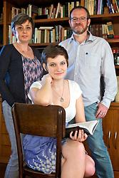 O casal Diana e Mario Corso junto com a filha Julia. FOTO: Jefferson Bernardes/Preview.com
