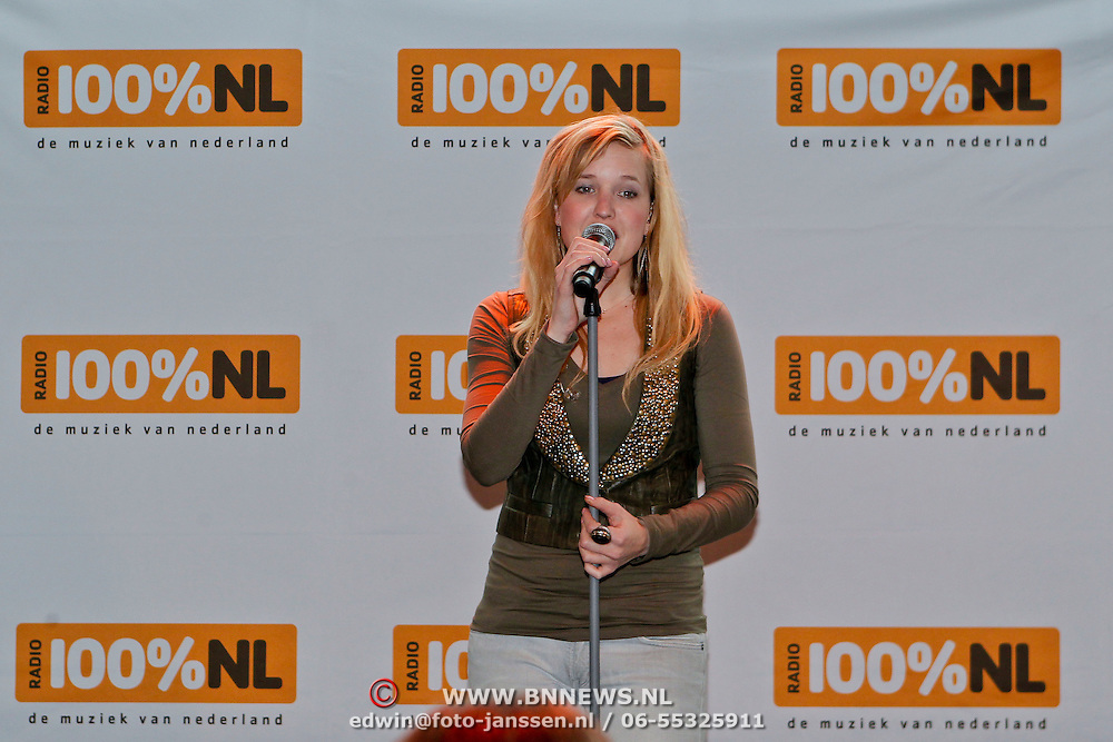 NLD/Rotterdam/20110202 - Boekpresentatie Mr. Finney door pr. Laurentien,