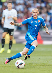 26.06.2016, Stade Pierre Mauroy, Lille, FRA, UEFA Euro 2016, Deutschland vs Slowakei, Achtelfinale, im Bild Vladimir Weiss (SVK) // Vladimir Weiss (SVK) during round of 16 match between Germany and Slovakia of the UEFA EURO 2016 France at the Stade Pierre Mauroy in Lille, France on 2016/06/26. EXPA Pictures © 2016, PhotoCredit: EXPA/ JFK