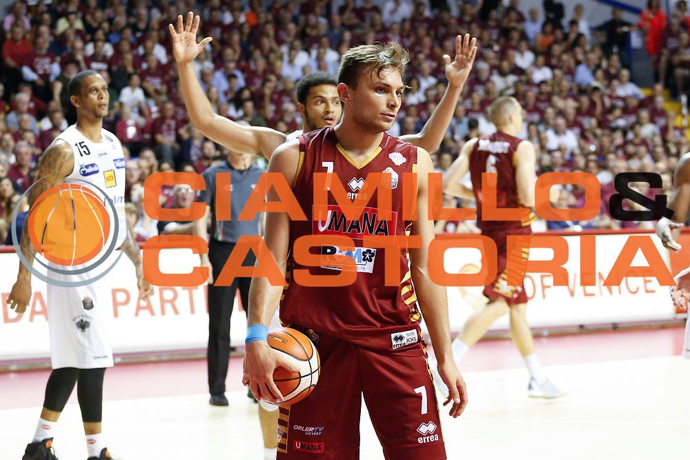 Umana Reyer Venezia - Dolomiti Energia Aquila Basket Trento<br /> Lega Basket Serie A 2016/17 Finali Gara 01<br /> Venezia, 10/06/2017<br /> Foto Ciamillo-Castoria / M. Brondi