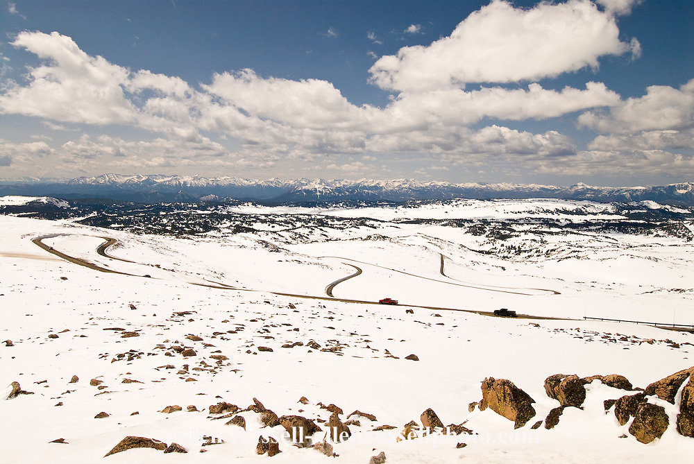 Beartooth Scenic Byway, Wyoming, Absaroka Range, Shoshone National Forest, travelers on opening day in May, Cooke City to Beartooth Pass and Red Lodge