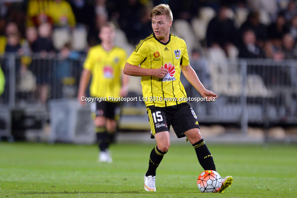 James McGarry of the Phoenix in action during the round 17 A-League match between the Wellington Phoenix and the Central Coast Mariners at AMI Stadium in Christchurch, New Zealand. 30 January 2016. Photo: Kai Schwoerer / www.photosport.nz