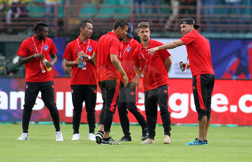 Delhi Dynamos FC players arrive on the ground before the start of the match 9 of the Indian Super League (ISL) season 3 between Kerala Blasters FC and Delhi Dynamos FC held at the Jawaharlal Nehru Stadium in Kochi, India on the 9th October 2016.<br /> <br /> Photo by Vipin Pawar / ISL/ SPORTZPICS