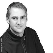 Portrait de J.F. Delrue, Agent immobilier affaires - Remax Montréal Métro. © Photo Marc Gibert / adecom.ca
