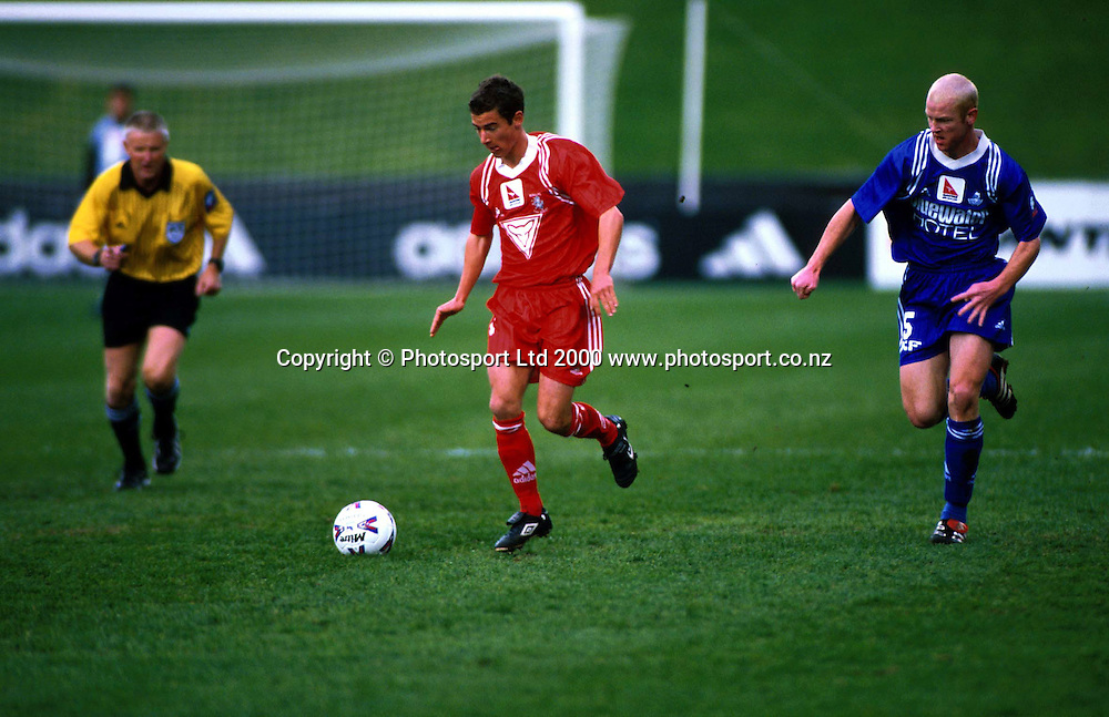 Leigh Kenyon (Mt Wellington) in action - Napier City Rovers v University-Mt Wellington at North Harbour Stadium, 3 September 2000. Qantas National Club Championships. Photo: Sandra Teddy/Photosport.co.nz