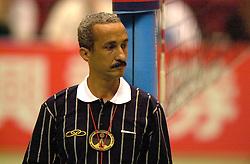 18-06-2000 JAP: OKT Volleybal 2000, Tokyo<br /> Nederland - China 3-0 / Scheidsrechter FIVB
