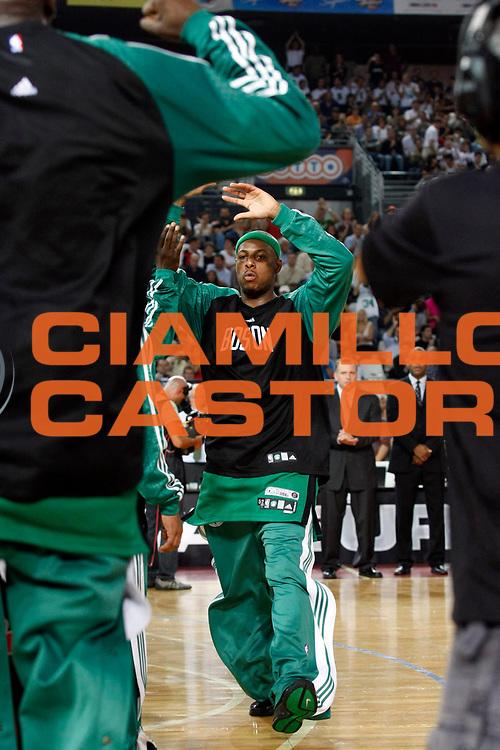 DESCRIZIONE : Roma Nba Europe Live Tour 2007 Toronto Raptors Boston Celtics <br /> GIOCATORE : Paul Pierce<br /> SQUADRA : Boston Celtics<br /> EVENTO : Nba Europe LIve Tour 2007<br /> GARA : Toronto Raptors Boston Celtics<br /> DATA : 06/10/2007<br /> CATEGORIA : Ritratto<br /> SPORT : Pallacanestro<br /> AUTORE : Agenzia Ciamillo-Castoria/G.Cottini